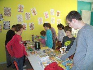 Distribution de jouets à l'IME VALFLEURS de Grasse dscf3285-300x225